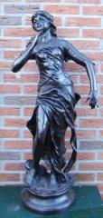12b106-groot-bronzen-beeld-jugendstil-meisje-104-1