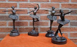 12b120-milo-ballerina-30-10-1