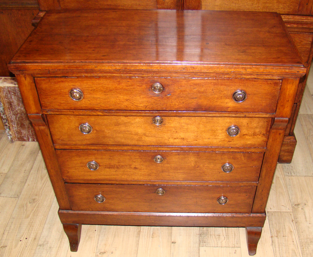 Tweedehands Antieke Meubels : Jantiek antieke meubels woonaccessoires